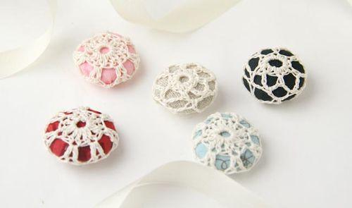 Crochet buttons-048