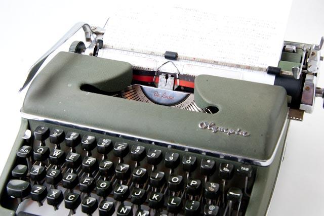 Typerwriter-007