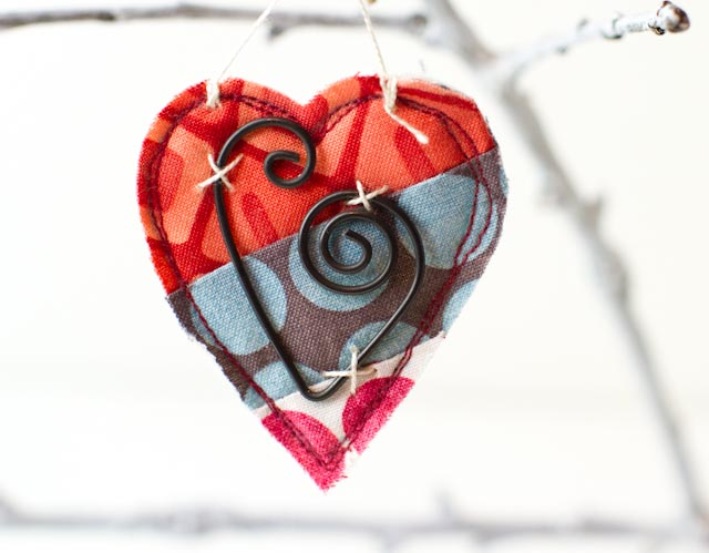 Patchwork hearts-011